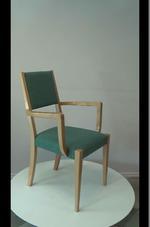 Промоция на дървени столове за заведения за поставяне на открито