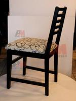 Промоция на дървени столове за заведения за външно приложение