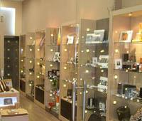 Промоция на Интериорен дизайн на магазини за козметика