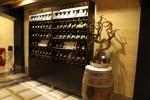 Промоция на изработка на дървен стелаж за вино