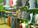 Промоция на οικοδομήσουμε ράφια και ντουλάπια για τα ρούχα