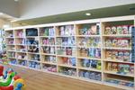Промоция на стелажи за магазини за детски дрехи